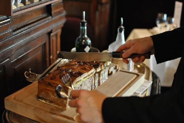 Tartare de bœuf Aubrac bio, pommes frites du Gallopin (75002)